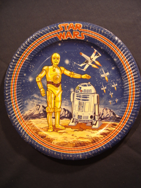 sc 1 st  The Star Wars Collectors Archive & C-3PO \u0026 R2-D2 Dinner Paper Plate - Star Wars Collectors Archive